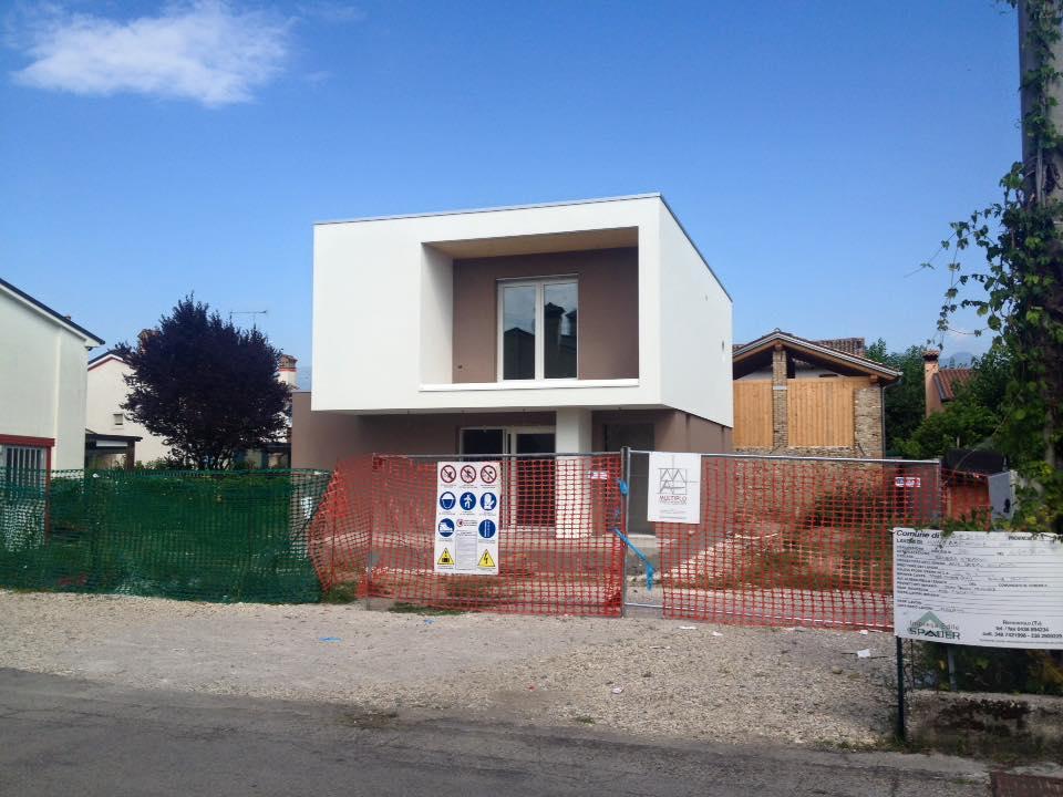 Foto fronte abitazione